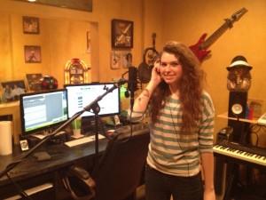 Sydney Schilling in Studio